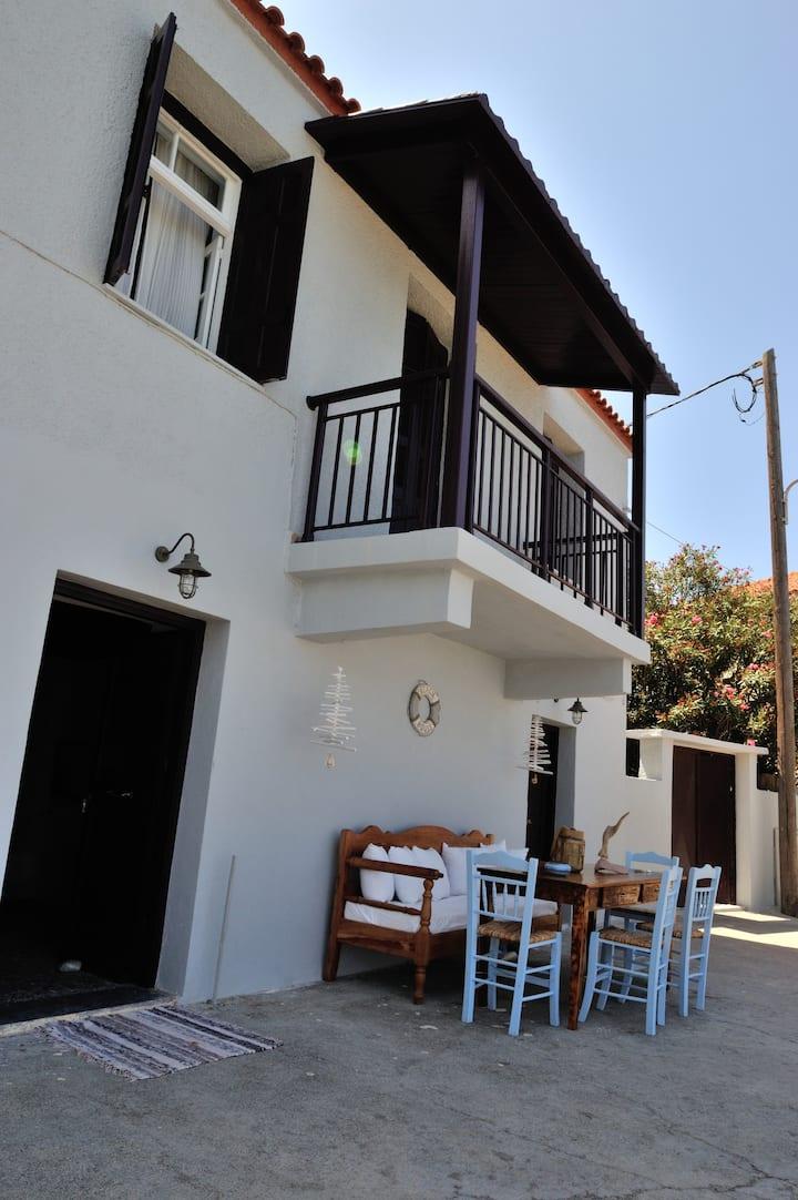 Beachfront Sunset House 160sq.