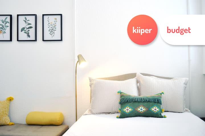 kiiper budget | Comfy & Equipped Studio | 2 PPL