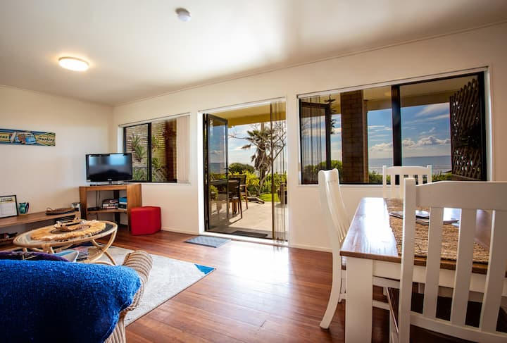 Foreshore Lodge - 2 bedroom Suite