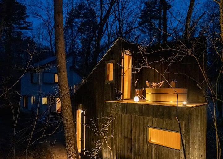 Tatehata House. Private Sauna. Outdoor Bath.