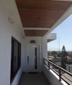 External hall towards suite
