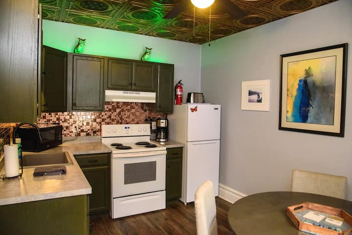 Apartment I: Double King Suites, Second Floor