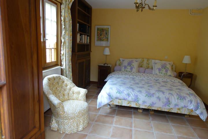 Chambre 1 : 1 lit de 2 personnes