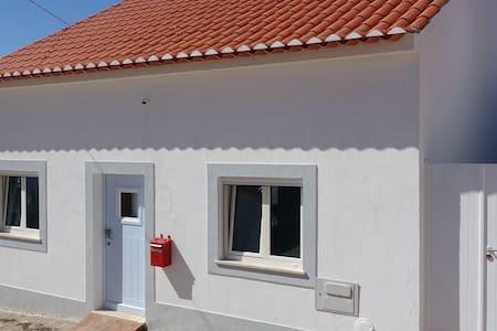 Daħla għall-kamra mingħajr turġien