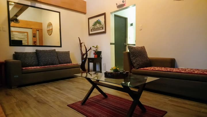 Dorm Rm in Villa, Private Pool AC/KTV/Wifi/Netflix