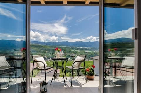 شقة بإطلالات رائعة على جبال برينتا دولوميت