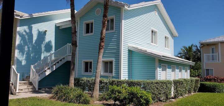 """LUNA BEACH"" Studio Villa"
