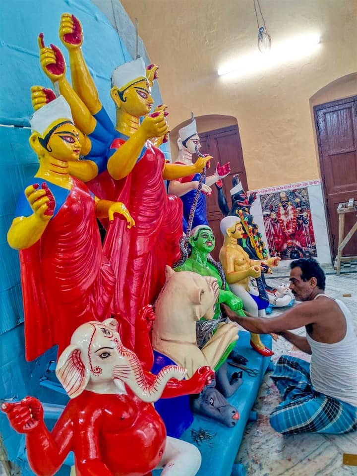 Durga Puja House BB Queen rm+ att bath+kit+terrace