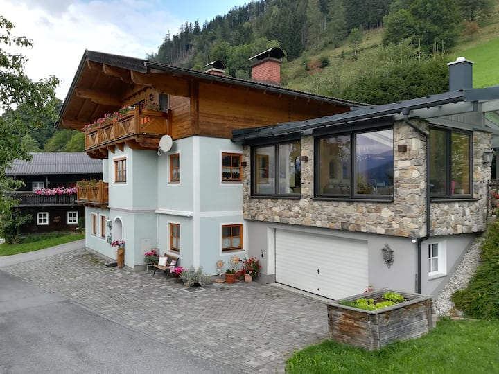 Biobergbauernhof Bergzeit Appartement in Goldegg