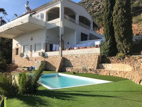 Apartment Bella Vista-Swimming Pool, Wifi, Aircon