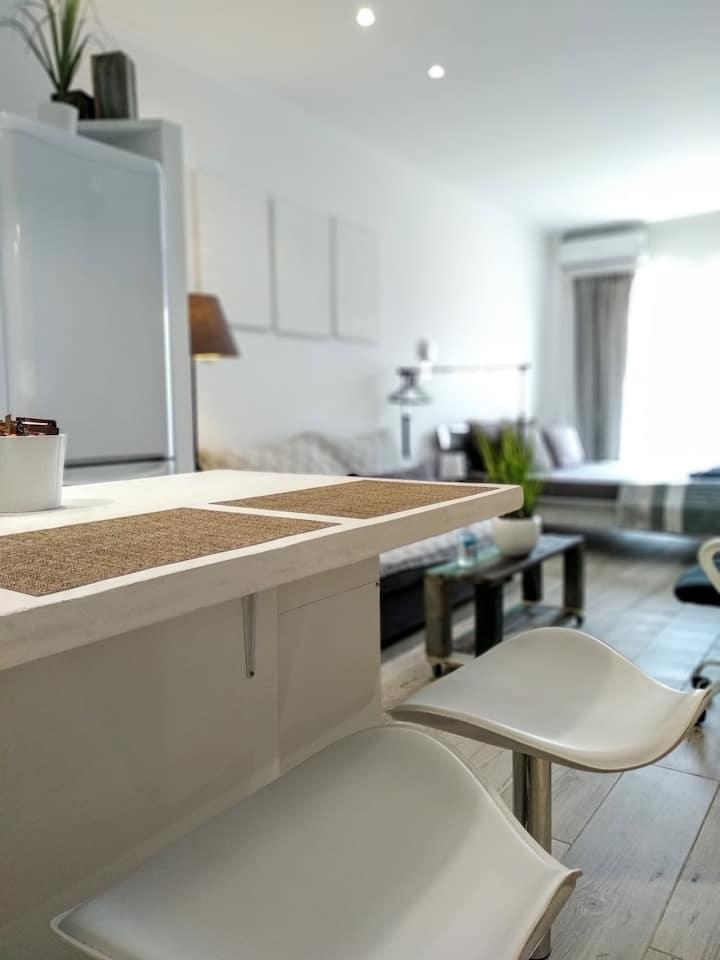 DalStudio.eu - A Modern Studio to rent at Corfu