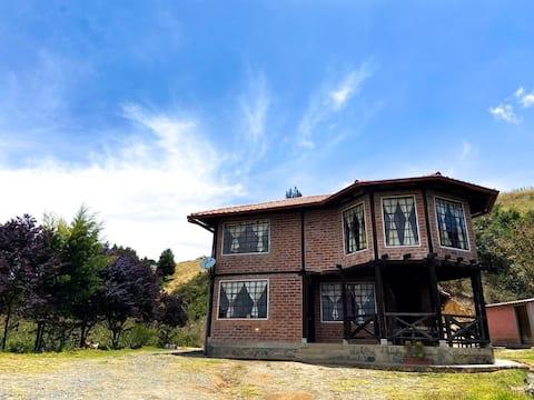 La Casa de la Montaña en Bellavista