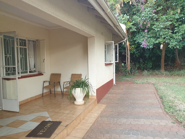 BORROWDALE LUXURIOUS 2 BEDROOMED APARTMENT(REF B2)