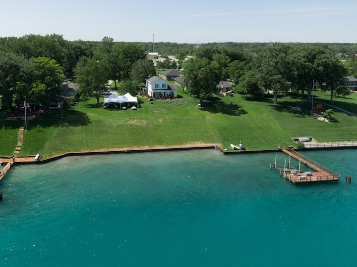 Hart's River House on the St. Clair River.