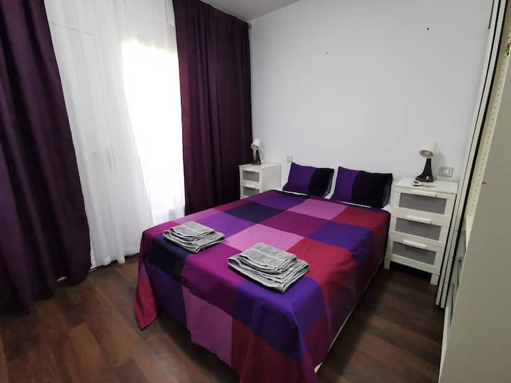 Room in the city center near Sagrada Familia!