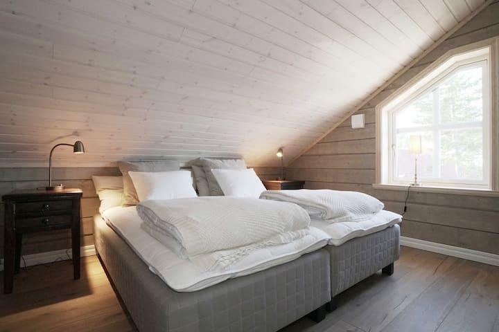 Master bedroom på loftet