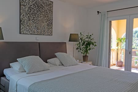 Bedroom Oliva