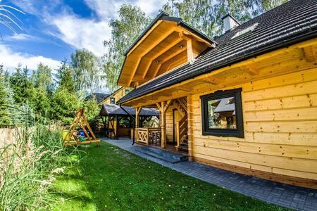Chata Świerkowa 2, Domek nad Jeziorem Białym