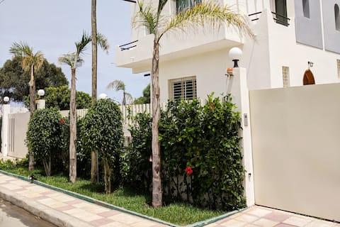 House on 3 floors, 200m from Harhoura sea