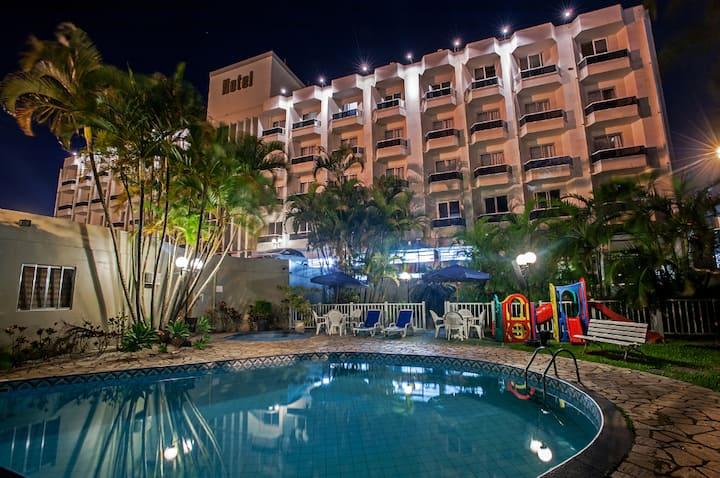 Av. Beira Mar Norte  - apto Casal em Hotel