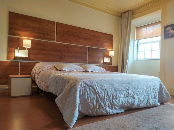 Spacious privat room in the historic center