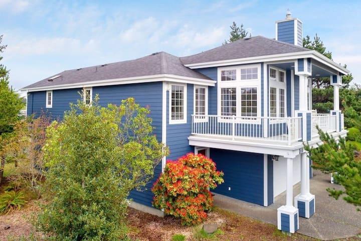 Beach & Lake House 6mi to Seaside & Astoria,1Gbps