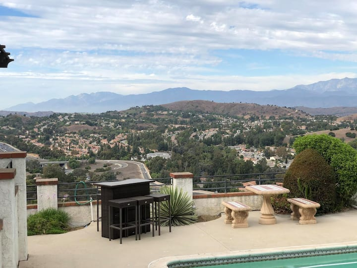 PRIVATE POOLSIDE SUITE OVERLOOKING THE VALLEY
