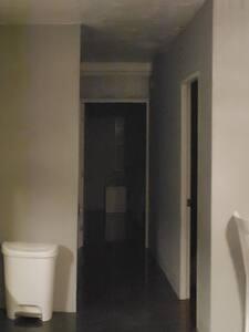 Wide hallway to enter bedrooms