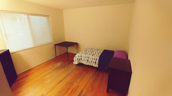 Room for rent close to Emory University