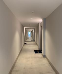 Steps free hallway - ADA Compliant