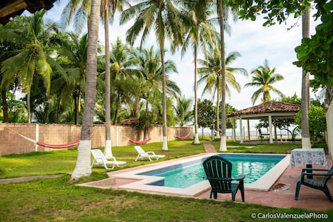 Beach house Costa Azul
