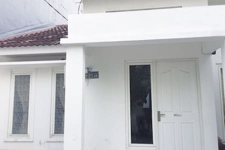 No stairs to enter the home