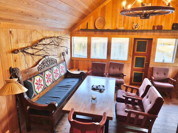 Viking House-Hemsedal Ski&Summer Cabin. Sleeps 30!