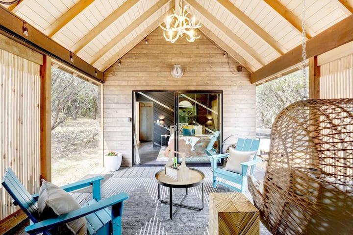 Dripping Springs - Breezeway Cabin+Hot Tub+Pool