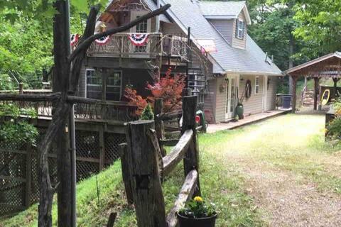 North Carolina Mountain Cabin! With Private Dock!