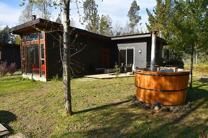 ANU ENKI LODGE, Cabaña aislada con Tinaja, Pucon 3