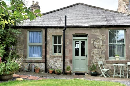Whippet Lodge, Scottish Borders Cottage.