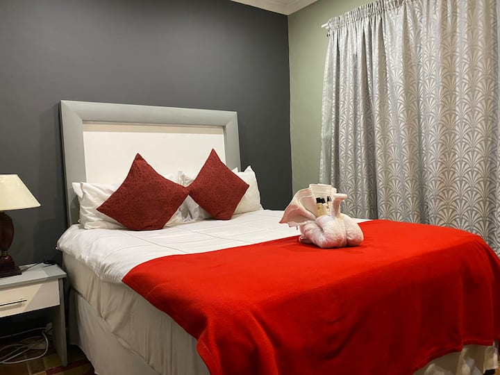 Marion Lodge - Sandton - Economy Travelers Room