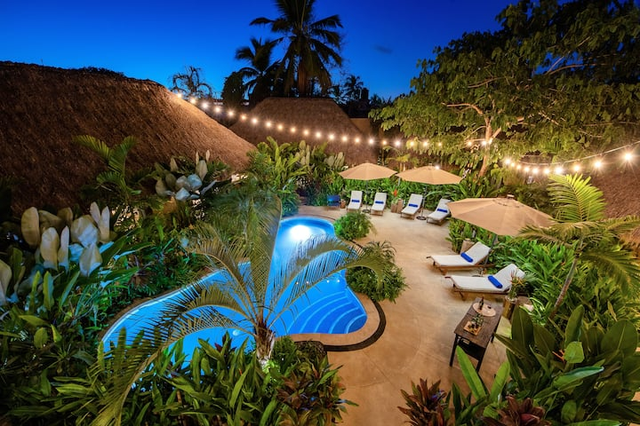 Safe, High-End, Tropical Space for Group Retreats