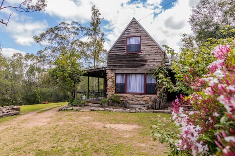 Escape to the Country in our Rock House Cottage