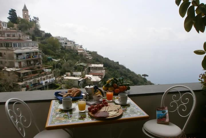 Nice house on the hill of Positano