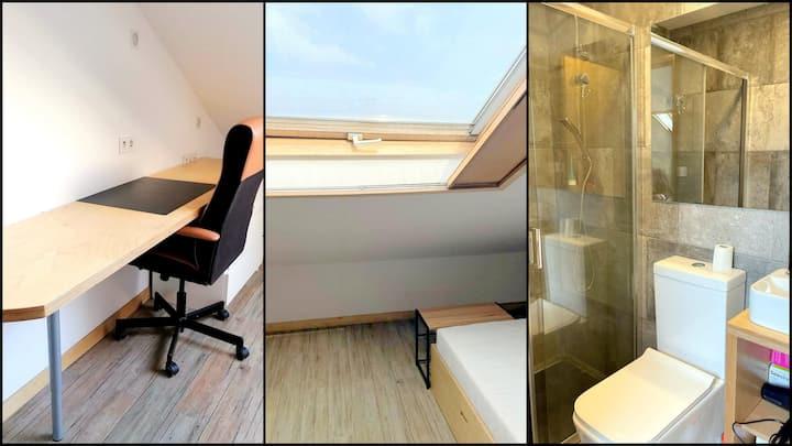 CQ13 | Cozy Bedroom with Private Bathroom