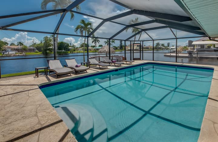 Villa Boaters Paradise-top location, heated pool