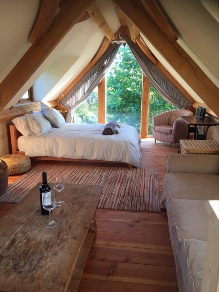 Character green oak barn with views