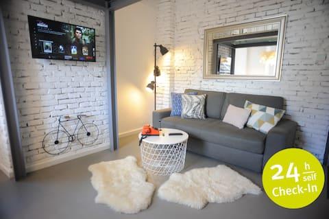 Micro Loft Central | Unirii Square Studio