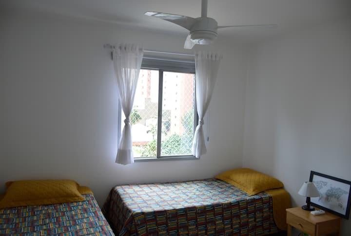 Beautiful and safe room near Subway Oscar Freire