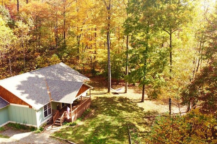 Dancing Leaf Ridge, a private family retreat