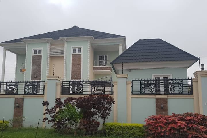Akingston 2-bedroom Apartment, KI GRA Akobo Ibadan