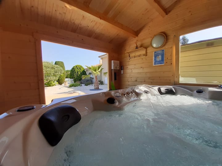 Douceurs d'Orb Room Pool/Spa/Jacuzzi