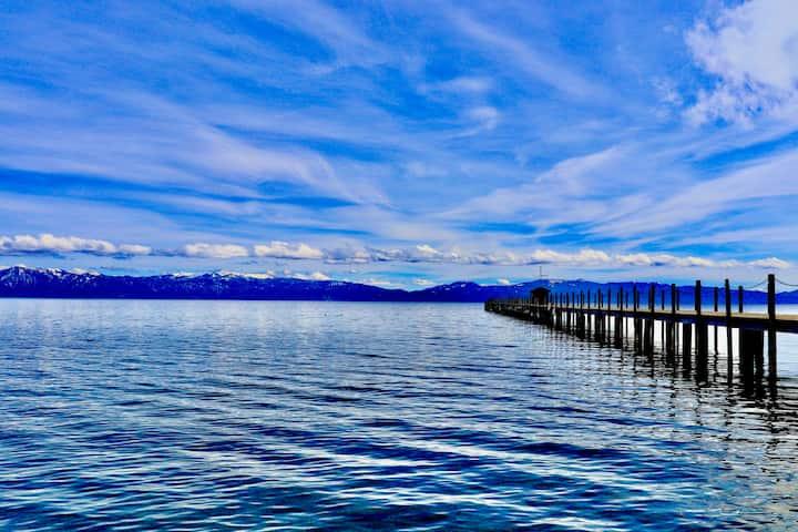 Lake | Fireplace | Marina #18